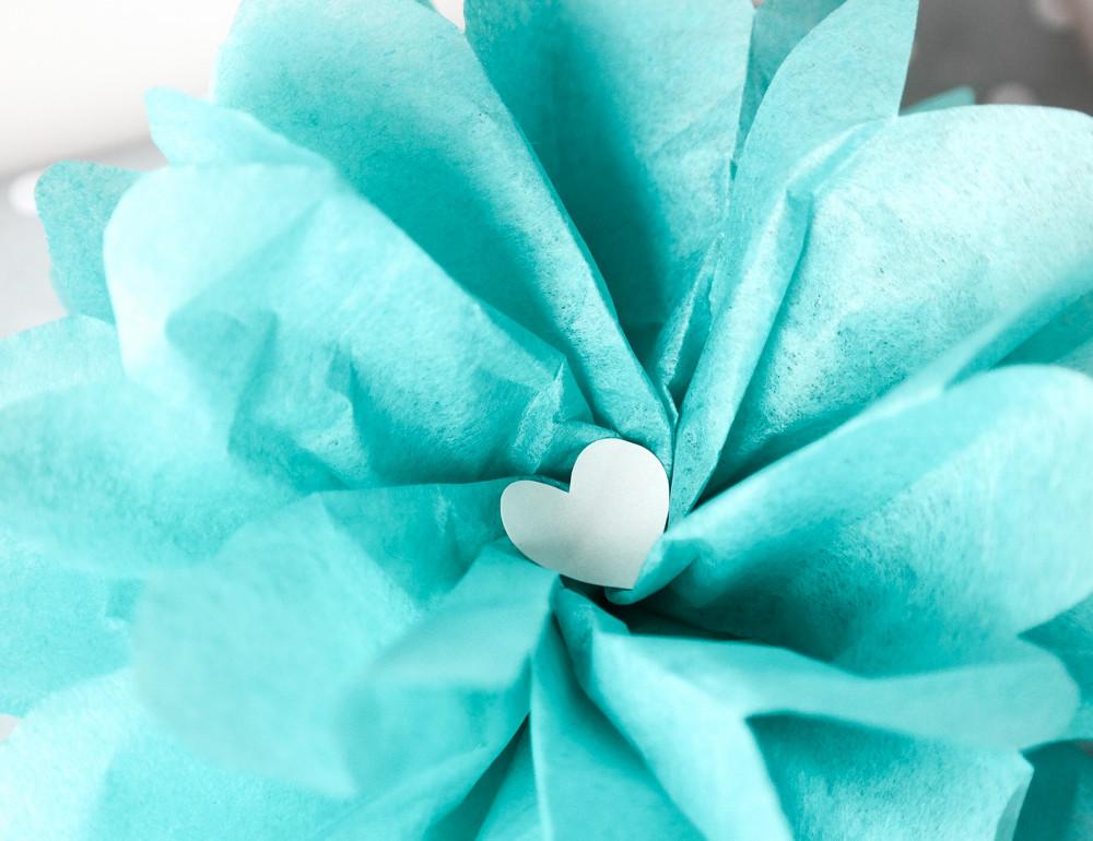 blumen aus pompons, pompon seidenpapierblumen - aus liebe zum geschenk. - schönherum, Design ideen