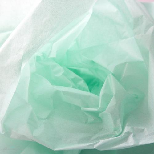 Seidenpapier-mintgruen