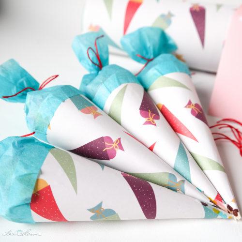 Mini-Zuckertüten aus Papier