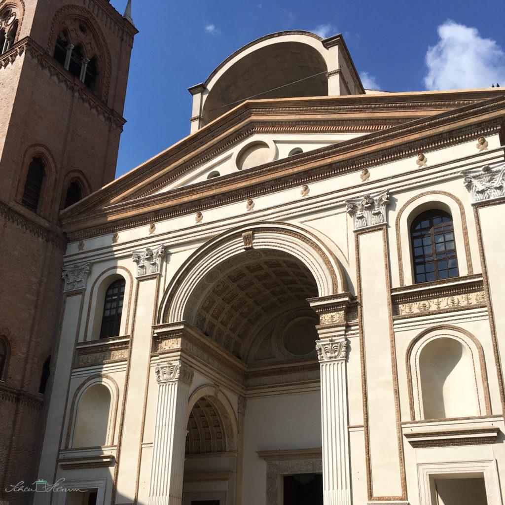 Basilika Sant Andrea in Mantua, Italien. Unterwegs mit Schoenherum.