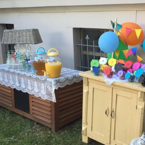 Saftbar für die Kinder zum Gartenfest