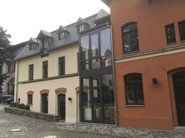 schoenherum rudolphstrasse 5 leipzig laden buero hinterhaus karl tauchnitz strasse 6 aus liebe. Black Bedroom Furniture Sets. Home Design Ideas