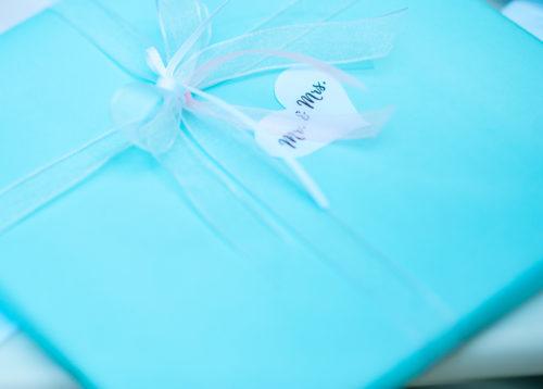 Geschenk in mintgrün zur Hochzeit