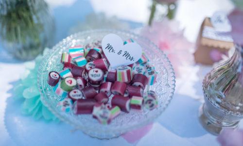 Hochzeitsdekoration, Bonbons als Gastgeschenk
